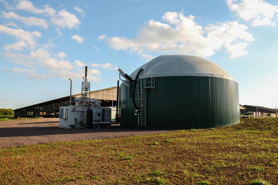 'биогазовый реактор', 'когенератор', 'Biogest Powercompact'